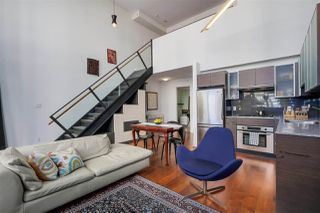 "Photo 4: 411 988 RICHARDS Street in Vancouver: Yaletown Condo for sale in ""TRIBECA LOFTS"" (Vancouver West)  : MLS®# R2075308"