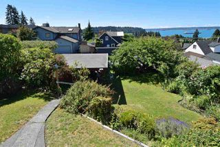 "Photo 4: 1072 DUCHESS Avenue in West Vancouver: Sentinel Hill House for sale in ""SENTINEL HILL"" : MLS®# R2083761"