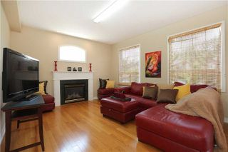Photo 4: 1013 Sprucedale Lane in Milton: Dempsey House (2-Storey) for sale : MLS®# W3551652