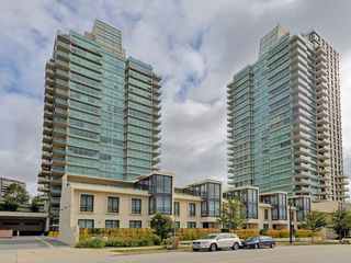 "Photo 1: 906 2200 DOUGLAS Road in Burnaby: Brentwood Park Condo for sale in ""Affinity by Bosa"" (Burnaby North)  : MLS®# R2105940"