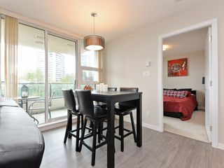 "Photo 6: 906 2200 DOUGLAS Road in Burnaby: Brentwood Park Condo for sale in ""Affinity by Bosa"" (Burnaby North)  : MLS®# R2105940"