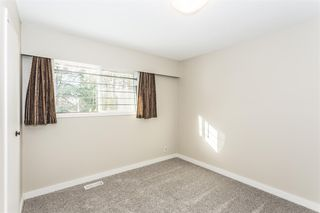 Photo 11: 7251 BLAKE Drive in Delta: Nordel House for sale (N. Delta)  : MLS®# R2126622