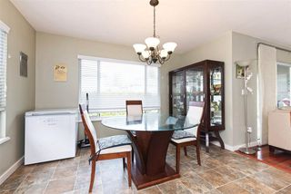 Photo 4: 3313 RAKANNA Place in Coquitlam: Hockaday House for sale : MLS®# R2147464