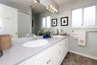 Photo 11: 3313 RAKANNA Place in Coquitlam: Hockaday House for sale : MLS®# R2147464