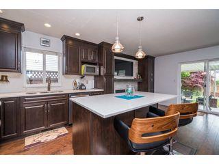 Photo 8: 20440 WALNUT Crescent in Maple Ridge: Southwest Maple Ridge House for sale : MLS®# R2164785