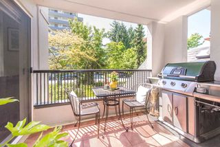 "Photo 10: 208 55 E 10TH Avenue in Vancouver: Mount Pleasant VE Condo for sale in ""Abbey Lane"" (Vancouver East)  : MLS®# R2169638"