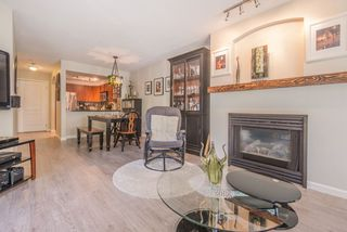 "Photo 3: 208 55 E 10TH Avenue in Vancouver: Mount Pleasant VE Condo for sale in ""Abbey Lane"" (Vancouver East)  : MLS®# R2169638"