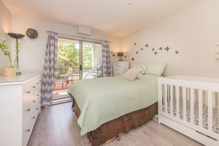 """Photo 7: 208 55 E 10TH Avenue in Vancouver: Mount Pleasant VE Condo for sale in """"Abbey Lane"""" (Vancouver East)  : MLS®# R2169638"""