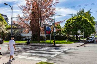 Photo 4: 201 2071 W 42ND Avenue in Vancouver: Kerrisdale Townhouse for sale (Vancouver West)  : MLS®# R2170413