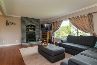 """Photo 3: 1851 MCKENZIE Road in Abbotsford: Central Abbotsford House for sale in """"Berry Park"""" : MLS®# R2173414"""