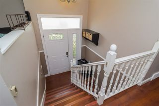 """Photo 2: 1851 MCKENZIE Road in Abbotsford: Central Abbotsford House for sale in """"Berry Park"""" : MLS®# R2173414"""