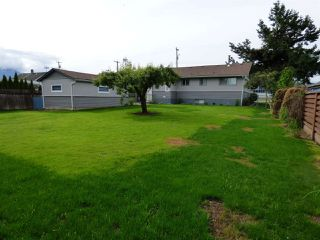Photo 4: 46327 PORTAGE Avenue in Chilliwack: Chilliwack N Yale-Well House for sale : MLS®# R2179681