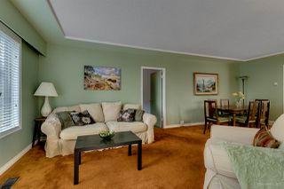 Photo 3: 2063 BLANTYRE Avenue in Coquitlam: Central Coquitlam House for sale : MLS®# R2197173