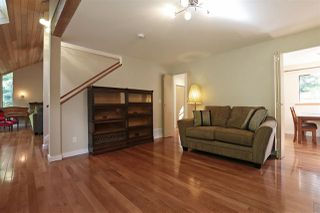 "Photo 5: 901 FOREST HILLS Drive in North Vancouver: Edgemont House for sale in ""Edgemont Village"" : MLS®# R2202646"