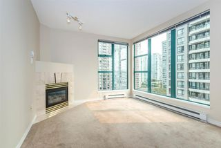 "Photo 4: 1204 939 HOMER Street in Vancouver: Yaletown Condo for sale in ""THE PINNACLE"" (Vancouver West)  : MLS®# R2204695"