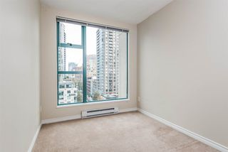 "Photo 15: 1204 939 HOMER Street in Vancouver: Yaletown Condo for sale in ""THE PINNACLE"" (Vancouver West)  : MLS®# R2204695"