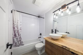 Photo 8: 203 12025 207A Street in Maple Ridge: Northwest Maple Ridge Condo for sale : MLS®# R2209400