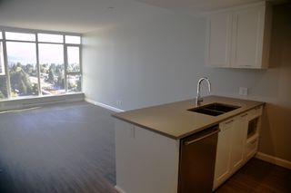"""Photo 7: 2106 520 COMO LAKE Avenue in Coquitlam: Coquitlam West Condo for sale in """"THE CROWN"""" : MLS®# R2209731"""