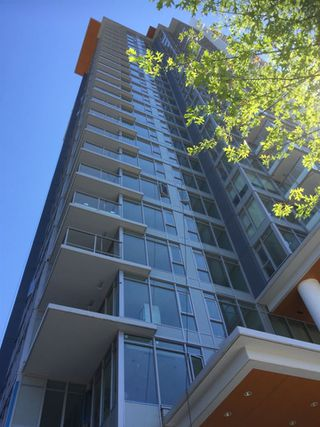 """Photo 2: 2106 520 COMO LAKE Avenue in Coquitlam: Coquitlam West Condo for sale in """"THE CROWN"""" : MLS®# R2209731"""
