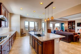 Photo 14: SAN MARCOS House for sale : 4 bedrooms : 1070 Vanessa Way