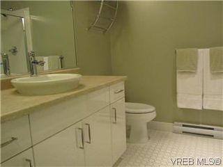 Photo 7: 110 4394 West Saanich Road in VICTORIA: SW Royal Oak Residential for sale (Saanich West)  : MLS®# 296856