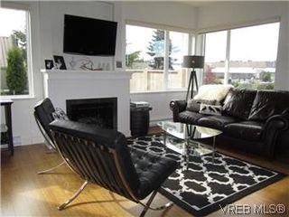 Photo 13: 110 4394 West Saanich Road in VICTORIA: SW Royal Oak Residential for sale (Saanich West)  : MLS®# 296856