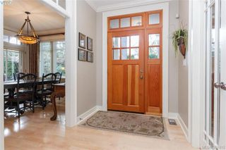 Photo 2: 3805 Ascot Drive in VICTORIA: SE Cedar Hill Single Family Detached for sale (Saanich East)  : MLS®# 388415