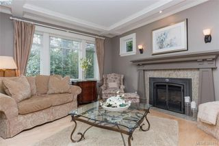 Photo 3: 3805 Ascot Drive in VICTORIA: SE Cedar Hill Single Family Detached for sale (Saanich East)  : MLS®# 388415