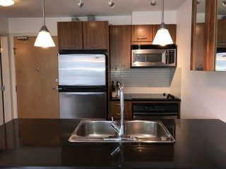 """Photo 4: 703 1199 SEYMOUR Street in Vancouver: Downtown VW Condo for sale in """"BRAVA"""" (Vancouver West)  : MLS®# R2254163"""