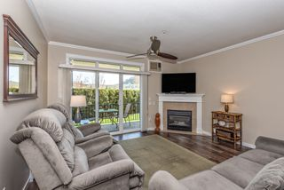 Photo 3: 105 303 Whitman Road in Kelowna: Glenmore House for sale (Central Okanagan)  : MLS®# 10157906