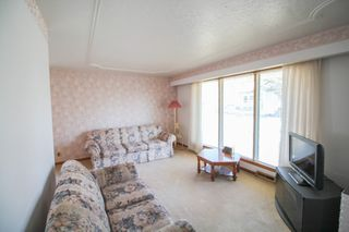 Photo 2: 3 Bedroom bungalow for sale with fully finished basement