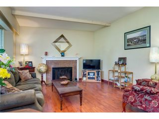 """Photo 4: 23366 FRANCIS Avenue in Langley: Fort Langley House for sale in """"Fort Langley"""" : MLS®# R2261636"""