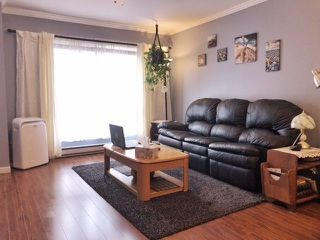 "Photo 2: 20 8778 159 Street in Surrey: Fleetwood Tynehead Townhouse for sale in ""Amberstone"" : MLS®# R2262647"