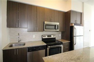 Photo 3: 306 225 Sackville Street in Toronto: Regent Park Condo for sale (Toronto C08)  : MLS®# C4126184