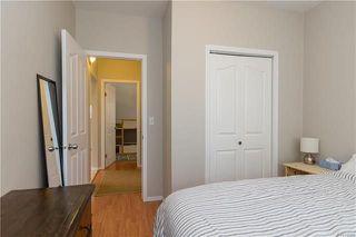 Photo 11: 220 Harvard Avenue in Winnipeg: West Transcona Residential for sale (3L)  : MLS®# 1812578