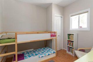 Photo 8: 220 Harvard Avenue in Winnipeg: West Transcona Residential for sale (3L)  : MLS®# 1812578