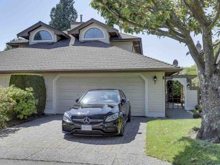 """Main Photo: 2 1854 SOUTHMERE Crescent in Surrey: Sunnyside Park Surrey Townhouse for sale in """"SOUTHPOINTE"""" (South Surrey White Rock)  : MLS®# R2269424"""