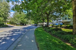 "Photo 18: 205 19236 FORD Road in Pitt Meadows: Central Meadows Condo for sale in ""EMERALD PARK"" : MLS®# R2279677"