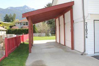 """Photo 14: 21034 RIVERVIEW Drive in Hope: Hope Kawkawa Lake House for sale in """"Kawkawa Lake"""" : MLS®# R2279825"""