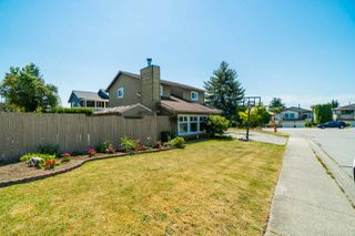 "Main Photo: 2802 WOODLAND Drive in Langley: Willoughby Heights House for sale in ""LANGLEY MEADOWS"" : MLS®# R2282413"