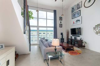 """Photo 4: 404 228 E 4TH Avenue in Vancouver: Mount Pleasant VE Condo for sale in """"THE WATERSHED"""" (Vancouver East)  : MLS®# R2303905"""
