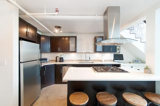 """Photo 12: 404 228 E 4TH Avenue in Vancouver: Mount Pleasant VE Condo for sale in """"THE WATERSHED"""" (Vancouver East)  : MLS®# R2303905"""