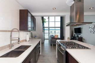 """Photo 3: 404 228 E 4TH Avenue in Vancouver: Mount Pleasant VE Condo for sale in """"THE WATERSHED"""" (Vancouver East)  : MLS®# R2303905"""
