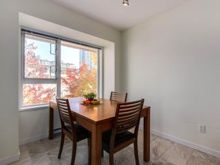 Photo 3: 306 4783 DAWSON Street in Burnaby: Brentwood Park Condo for sale (Burnaby North)  : MLS®# R2317225