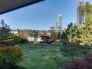 Photo 15: 306 4783 DAWSON Street in Burnaby: Brentwood Park Condo for sale (Burnaby North)  : MLS®# R2317225