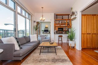 """Photo 2: 219 2515 ONTARIO Street in Vancouver: Mount Pleasant VW Condo for sale in """"ELEMENTS"""" (Vancouver West)  : MLS®# R2317923"""