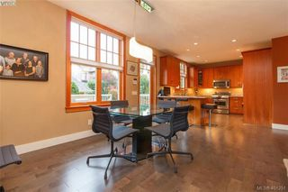 Photo 10: 433 Montreal St in VICTORIA: Vi James Bay Half Duplex for sale (Victoria)  : MLS®# 800702