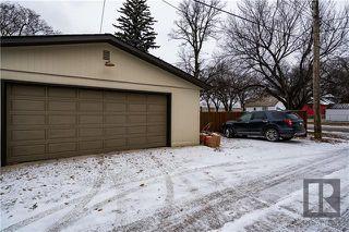 Photo 17: 276 Harrow Street in Winnipeg: Crescentwood Residential for sale (1B)  : MLS®# 1829754