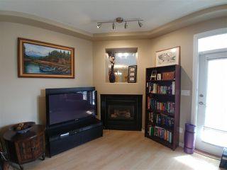 "Photo 4: 38 7250 144 Street in Surrey: East Newton Townhouse for sale in ""Chimney Ridge"" : MLS®# R2339008"