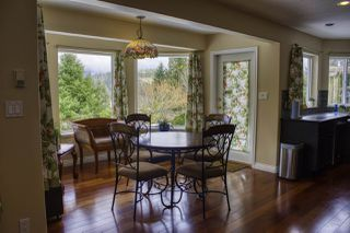 "Photo 9: 6192 HIGHMOOR Road in Sechelt: Sechelt District House for sale in ""The Shores"" (Sunshine Coast)  : MLS®# R2341360"
